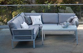 hvite hagemøbler i aluminium